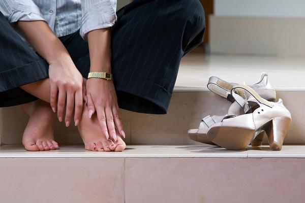 Бурсит пальца ноги - усталость ног