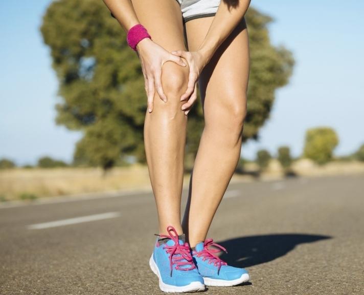 можно заниматься фитнесом при болезни коленного сустава