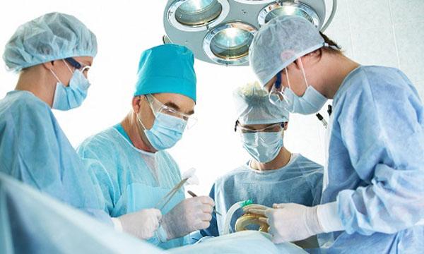 Операция при болезни Пертеса