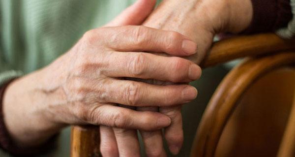 Деформация суставов пальцев рук лечение заболевания и причины возникновения