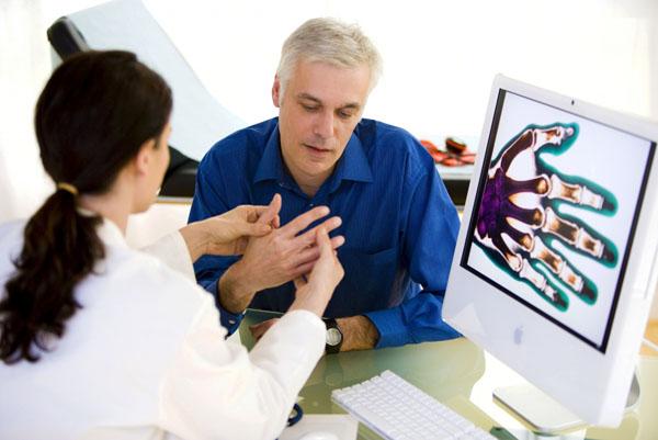 Прием с полиартритом у врача