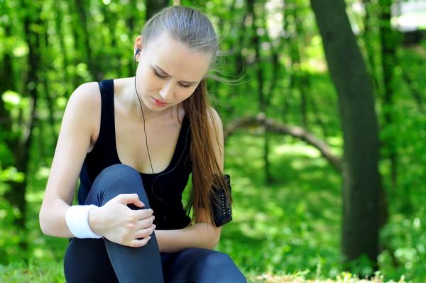 Боль в колене при синдроме Шляттера