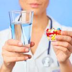 Медикаментозное лечение радикулита: мази, уколы, таблетки