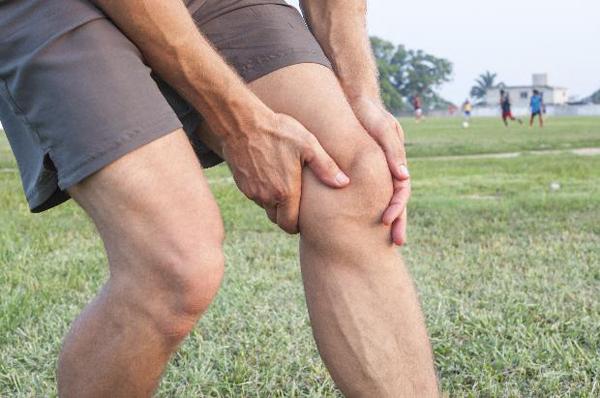 Нет жидкости в коленном суставе как лечить боль при беге в тазобедренном суставе