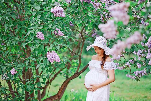 Фотосессия беременной весной идеи