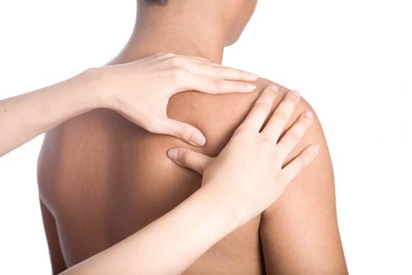 Боль в правом плече