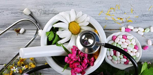 Таблетки и травы для лечения