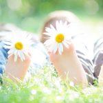 Как лечить плоскостопие у детей и взрослых: коврик, обувь, массаж или операция?