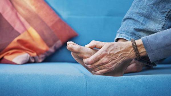 Боль в стопе при артрите