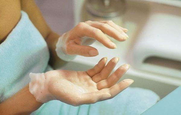 Парафинотерапия для лечения лигаментита