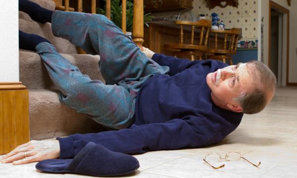 Травма позвоночника у пожилого человека